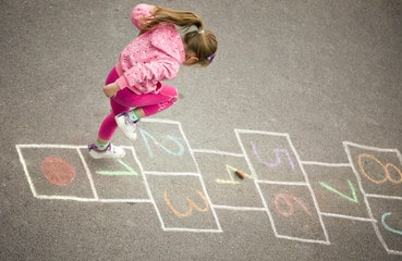 backyard games: Hopscotch