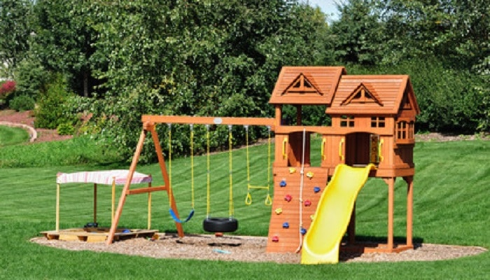 little tikes swing set for backyard games